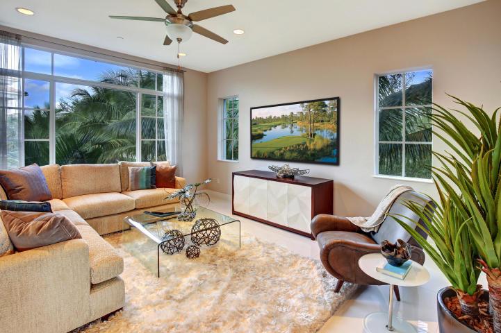 Tierra del Sol Living Room